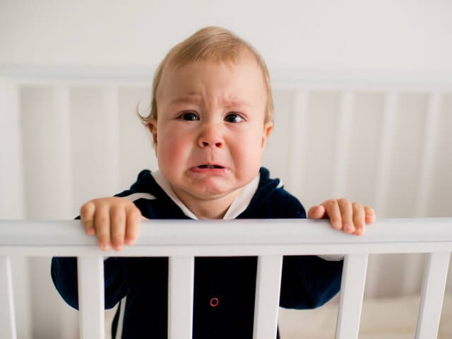 Малыш капризничает