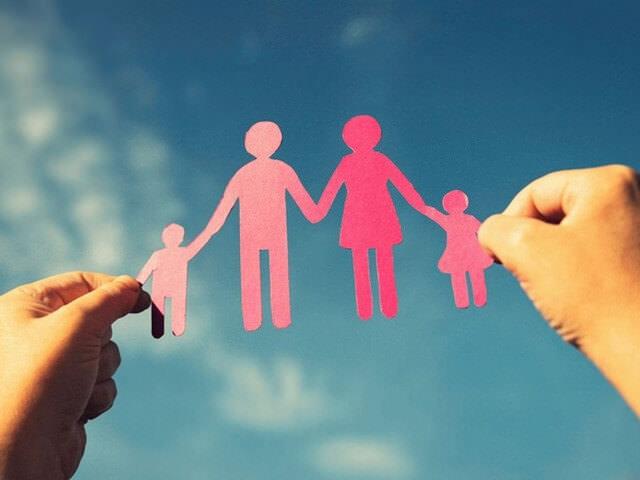 Семья из бумаги