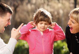 Почему дети не слушаются родителей: возможные причины и их решение