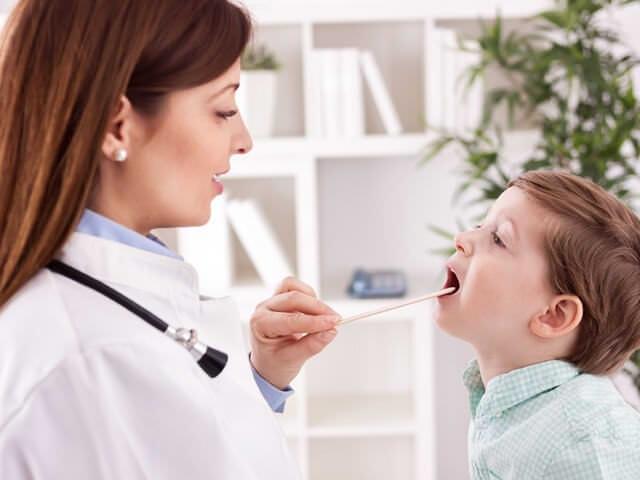 Проверка полости рта