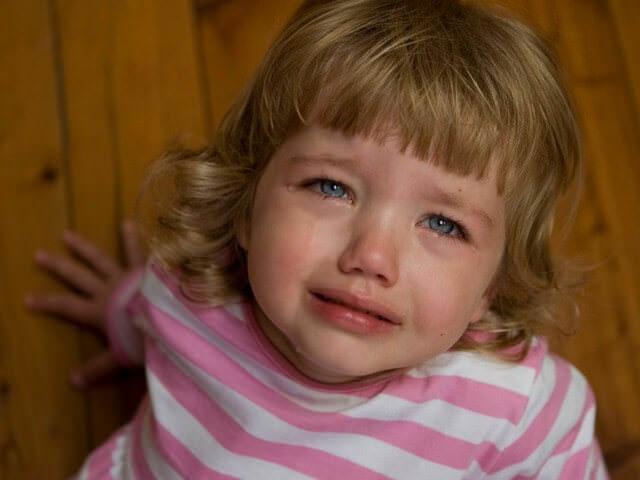 Сильная истерика у ребенка