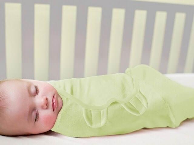 Младенец крепко спит
