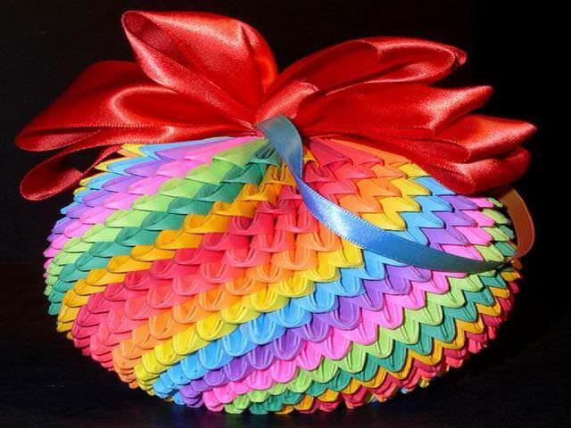 Новогоднее украшение из бумаги