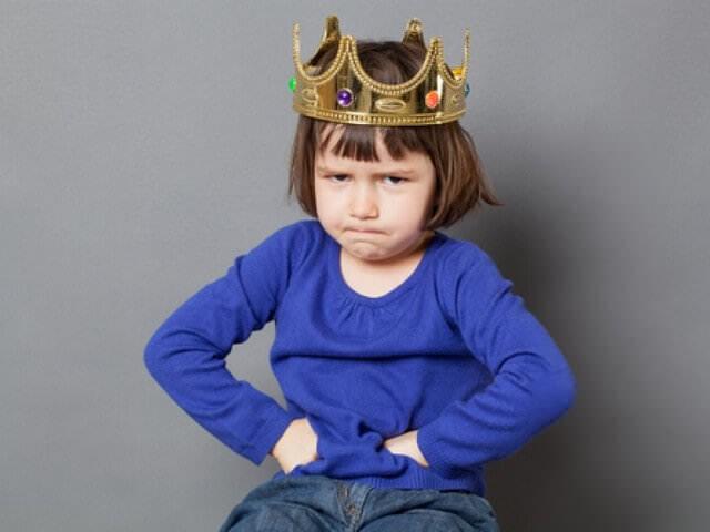 Ребенок в короне