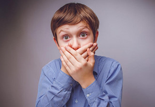 Причины запаха ацетона у ребенка изо рта